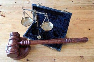 פיצויי פיטורין – עורך דין דיני עבודה
