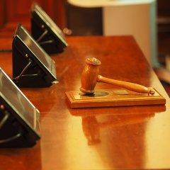 עיכוב הליכים – סגירת תיקים פליליים בטרם הכרעת הדין