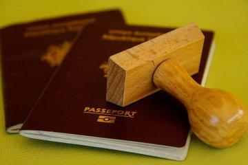 הדרך המשפטית להשגת דרכון רומני